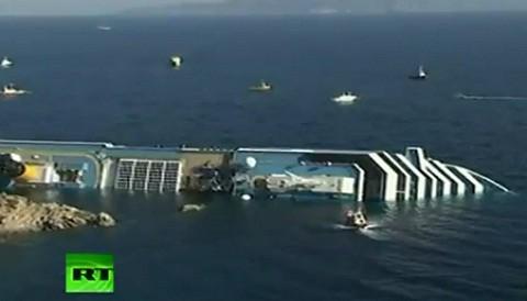Crucero Costa Concordia se hunde y queda suspendida la búsqueda de sobrevivientes
