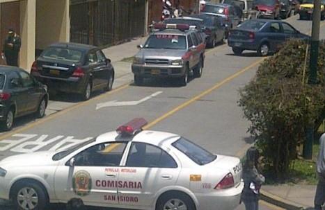 Falsa alarma de bomba causa pánico en condominio de San Isidro