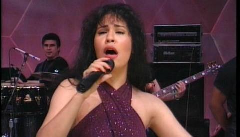 Nuevo álbum de Selena sale en abril en este participará Selena Gómez