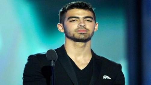 Joe Jonas: No me comparen con Justin Bieber