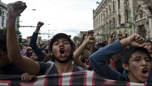 [México]¡No más vandalismo y pillaje estudiantil!