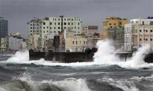 Sandy: Obama declara zonas catastróficas a Nueva York y Nueva Jersey tras paso de huracán