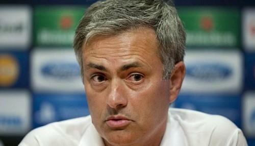 Mourinho niega contacto alguno con el Paris Saint Germain