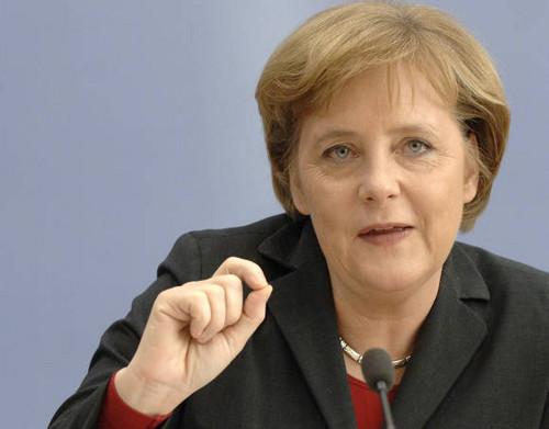 Canciller Alemana Merkel: estimamos cinco años más para crisis de eurozona