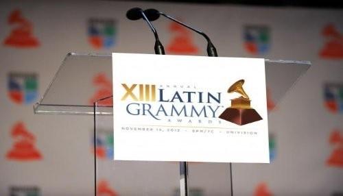 Juanes y Santana juntos por primera vez en los Latin Grammys 2012