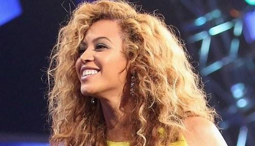 Beyonce celebró su cumpleaños 31 sin una gota de maquillaje [FOTO]
