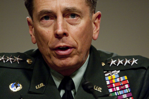 Los generales y las faldas [CIA y David Petraeus]