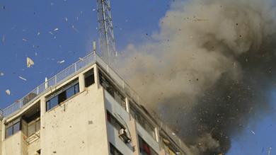 Israel estaría atacando centros de  comunicación en Gaza