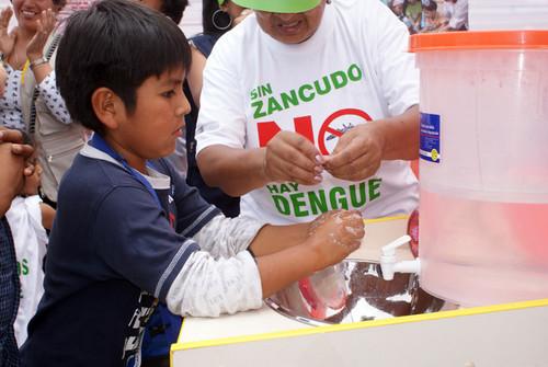 Ministerio de Educación realiza intensa Campaña de Educación preventiva para contrarrestar el Dengue