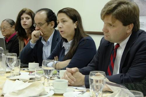 Empresas extractivas contaminantes demandan al Estado amparados en los TLC