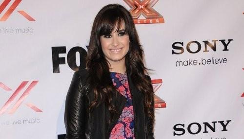 Demi Lovato emocionada por su reunión con el presidente Obama