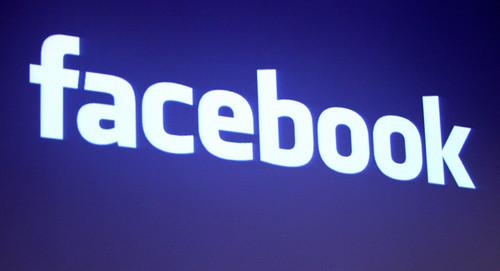 Facebook suprime perfil que talibanes usaban para reclutamiento