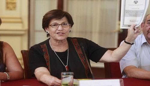 Partido Aprista dio con palo a Susana Villarán