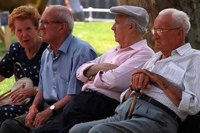 España: Bruselas exhorta a Mariano Rajoy retrasar la edad de jubilación