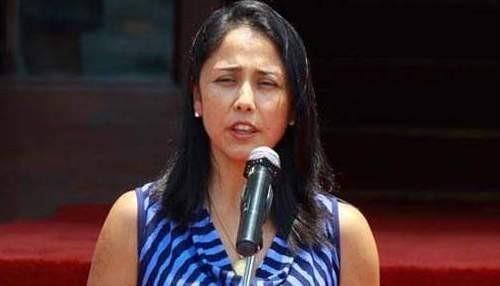 Nadine Heredia: Twitter es importante pero no reemplaza el contacto directo con las personas