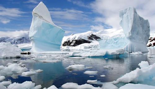 Estudio: el hielo de la Antártida se calienta al doble de la velocidad que se calculaba