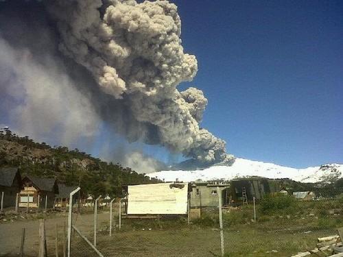 Volcán Copahue: cancelan alerta roja en Bíobío