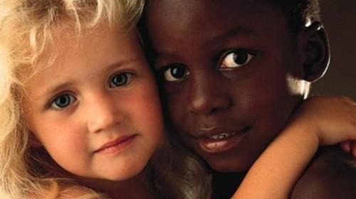 Resultado de imagen de lineos originales para dibujar sobre el racismo
