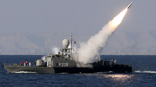 Irán prueba el nuevo misil tierra-aire Ra'd