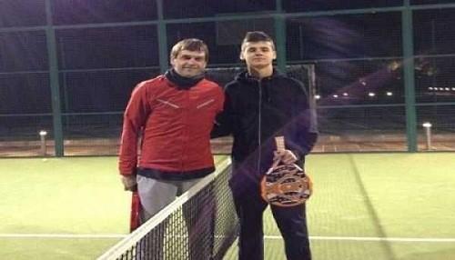 Tito Vilanova se recupera de su enfermedad y pasó Año Nuevo haciendo deporte con su hijo