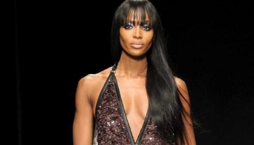 Naomi Campbell víctima de violento ataque en París
