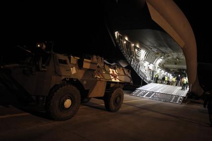 Francia recibe apoyo logístico de EE.UU en Mali