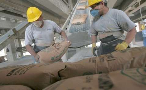 Perú: despacho de cemento aumentó 15.41% en el 2012