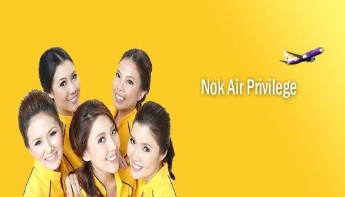 Tailandia: Aerolínea lanza calendario picante utilizando modelos apenas vestidas [FOTOS]