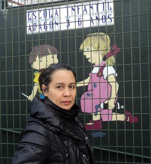 La artista Orisel Gaspar llega a la escuela gallega con 'Divertimentos', de su proyecto 'De 3 a 6'