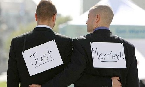 Microsoft y Google exigen despenalizar el matrimonio gay en California