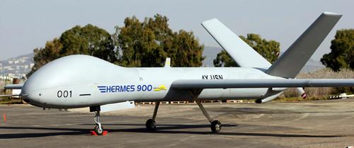 Habría llegado a Chile un avión no tripulado modelo UAV Hermes 900