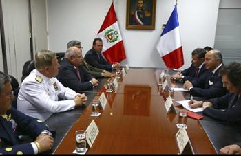 Perú negocia la compra de un satélite francés