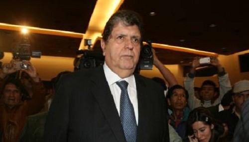 Alan García responderá a solicitud de levantamiento bancario