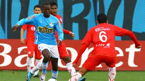 Descentralizado 2013: Aurich humilló 3 a 0 a Sporting Cristal en Chiclayo