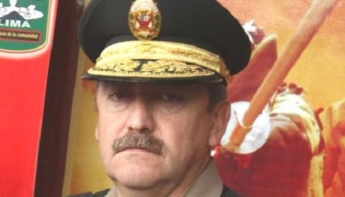 Raúl Salazar renunció a la dirección general de la Policía Nacional del Perú