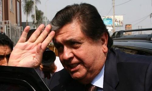 Alan García sobre muerte de Hugo Chávez: no tiro piedras sobre las tumbas