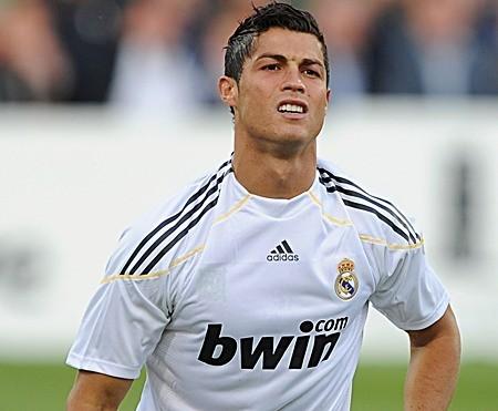 Manchester United cedería a Nani más 70 millones de euros por Cristiano Ronaldo