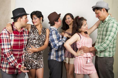 Jueves 14/03/13 Teatro Veloz presenta: 'La Remolienda' en el Centro Comercial El Olivar