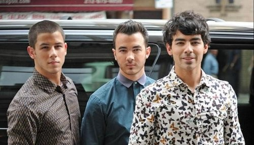 Los Jonas Brothers se pasean por Brasil [FOTOS]