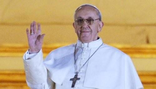 Es primera vez que se usa el nombre de Francisco para un Papa
