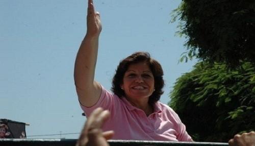 Lourdes Flores participó en mitin de cierre de campaña del PPC