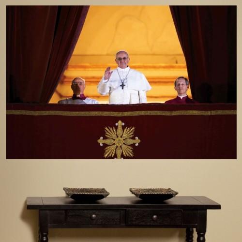 Fathead crea Imágenes Icónicas del Papa Francisco en Honor al 266o. Papa