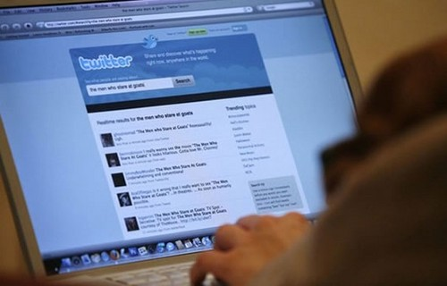 Demandan a Twitter por 50 millones de dólares