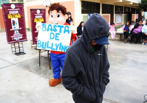 Sentencian a adolescente que hizo bullying