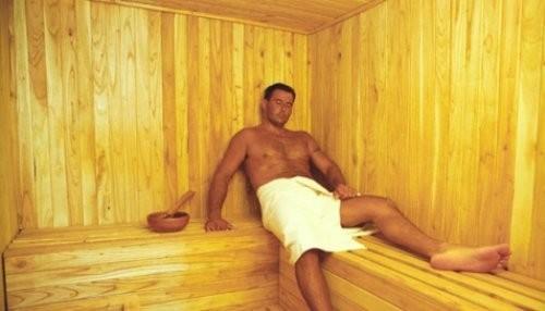 Los hombres que van regularmente al sauna tienen un menor número de espermatozoides