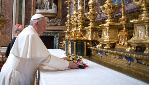 La humildad franciscana en un papa jesuita