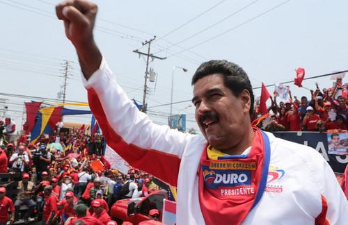 Elecciones venezolanas: Maduro venció a Capriles por 8 puntos, según sondeo
