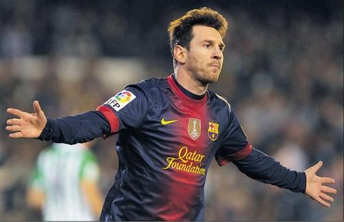 La resignación de Messi tras la aplastante derrota frente al Bayern: Hay que remontar y, si no podemos, pensar en la temporada que viene