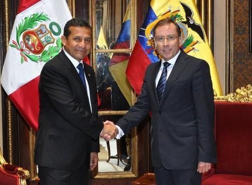 Rafael Correa apoya la decisión de su gobierno de ratificar al embajador Rodrigo Riofrío en el Perú