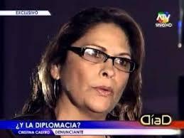 Las dos mujeres que se trenzaron a golpes con el ex embajador de Ecuador han sido también denunciadas